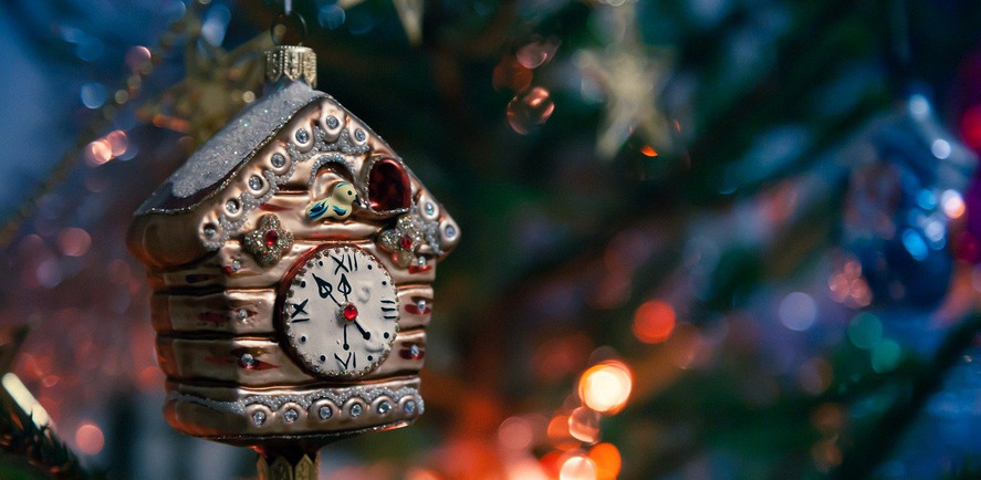 How to have the best decorated house on the street during Christmas
